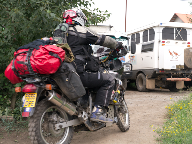 Who says only 4-wheelers can be overloaded ?